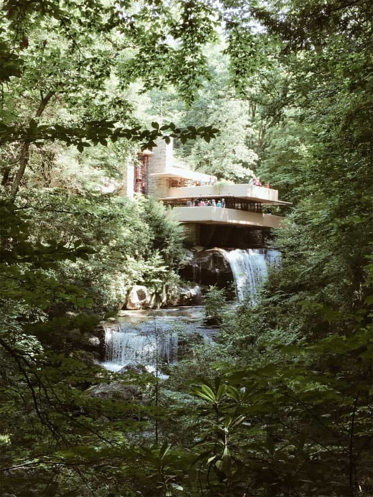 Frank Lloyd Wright Fallwater house