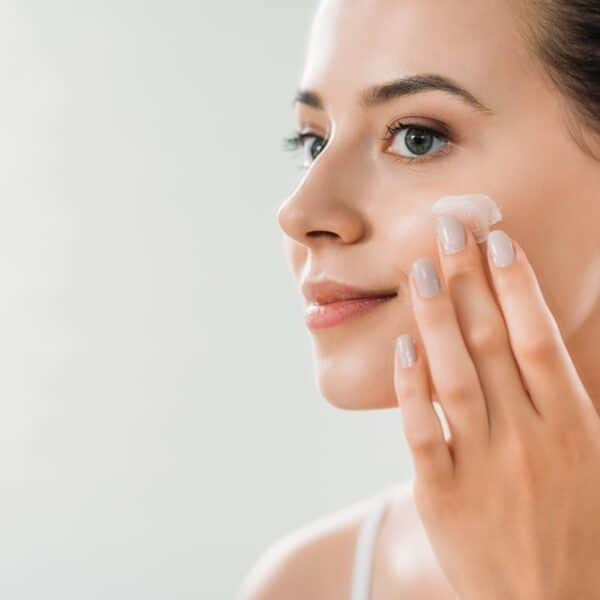 Difference Between Cleanser vs Exfoliator